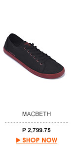 Adams Sneakers